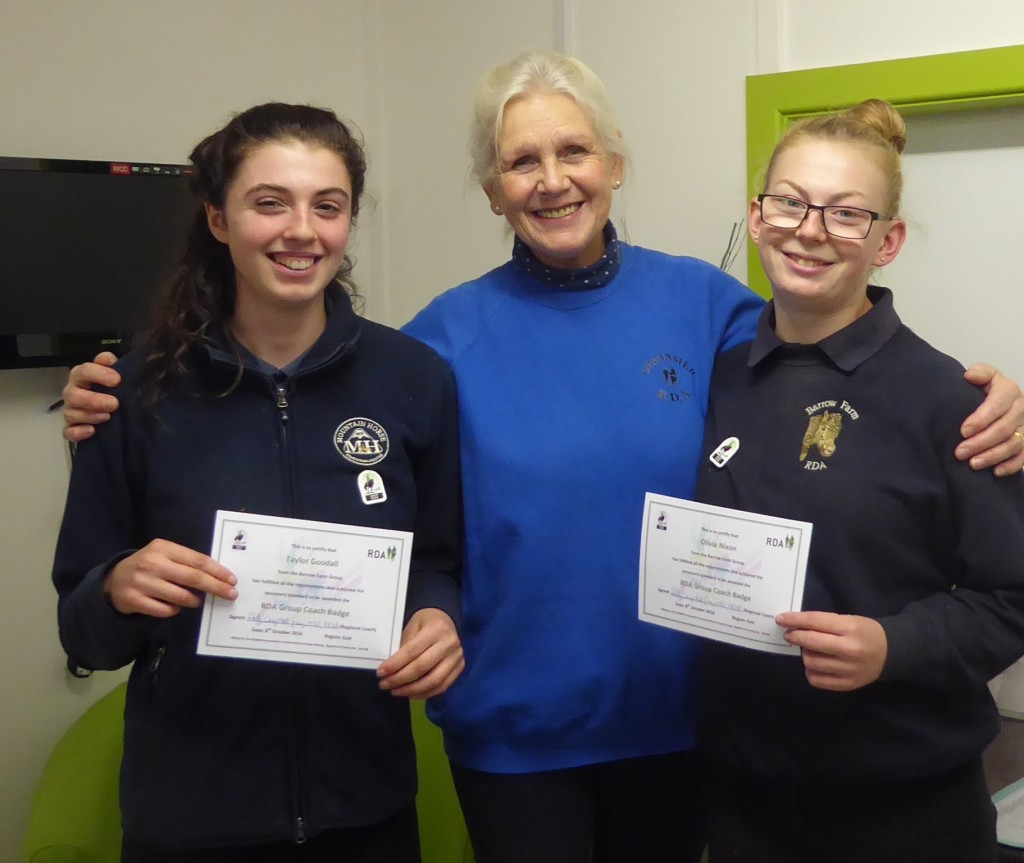 Livvy and Taylor getting certificates